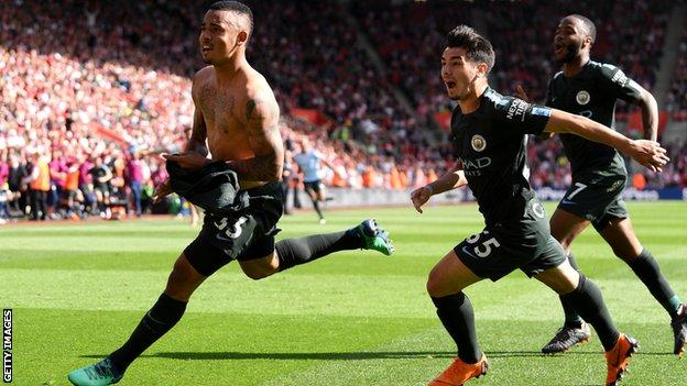 Manchester City players celebrate after Gabriel Jesus scored against Southampton