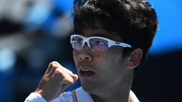 Australian Open 2018: Chung Hyeon beats Tennys Sandgren to reach semi-finals