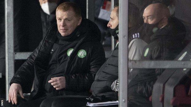 'Case against Celtic boss Lennon getting weightier by week' thumbnail