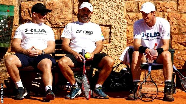 Andy Murray (right) with fitness trainer Matt Little and coach Jamie Delgado