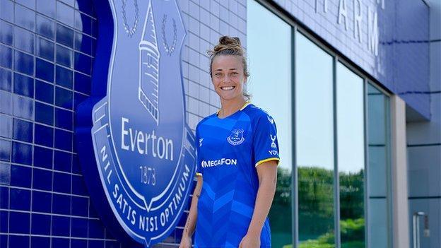 Aurora Galli posing in her Everton shirt