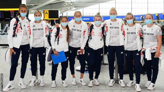 Team GB squad arriving in Tokyo