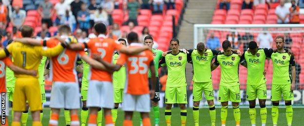 Minute's silence at Wembley