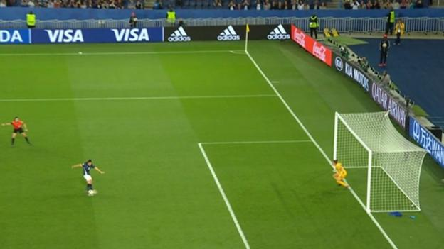 No VAR for keeper encroachment at penalties in Premier League thumbnail