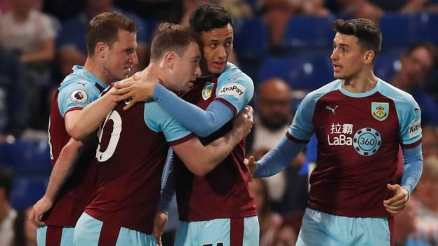 Chelsea 2-2 Burnley: Blues up to fourth after draw with Clarets thumbnail