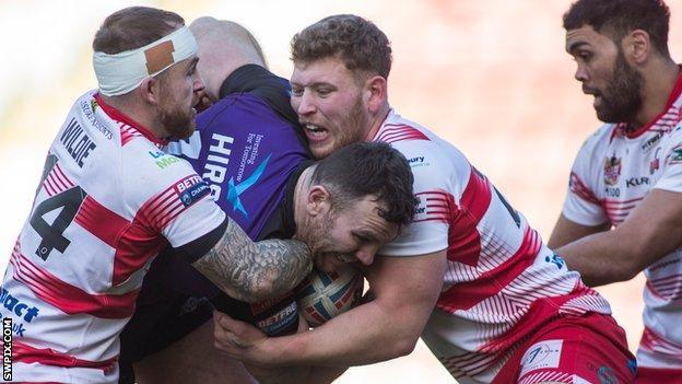 Leigh Centurions tackle Halifax prop Keegan Hirst