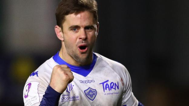 Challenge Cup: Castres beat Worcester Warriors 33-27 to knock Premiership side out