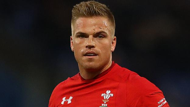 Six Nations 2019: Anscombe edges out Biggar to face England thumbnail