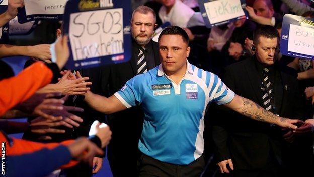 Gerwyn Price slapping hands with fans
