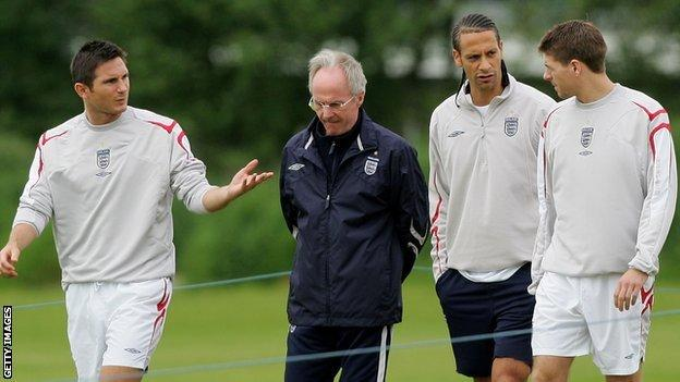 Former England manager Sven-Goran Eriksson (second left) with Frank Lampard (left), Rio Ferdinand (second from right) and Steven Gerrard
