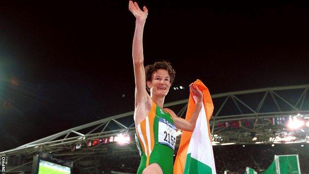 Sonia O'Sullivan celebrates after winning 5,000m Olympic silver in Sydney 19 years ago