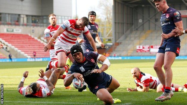 Sione Mata'utia scores St Helens' first try against Leigh Centurions