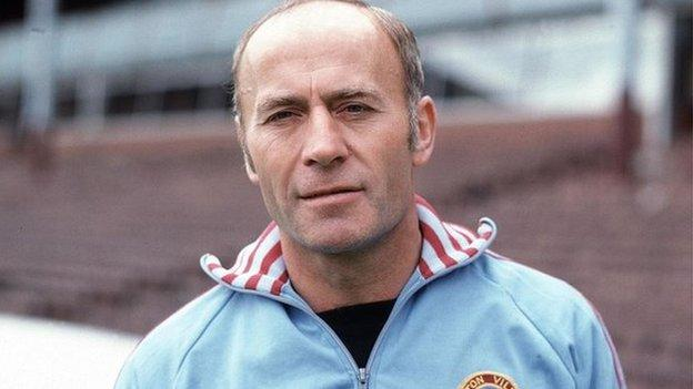 Ron Saunders: Former Aston Villa manager dies aged 87 thumbnail