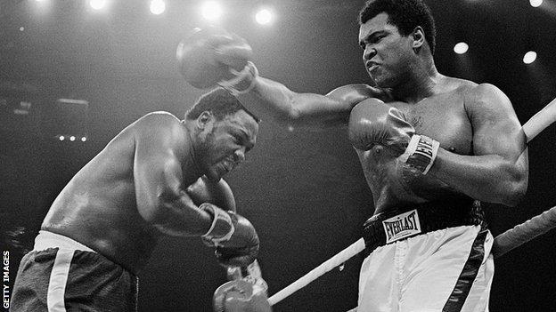 "Frazier (left) would later state he hit Ali with ""punches that'd bring down the walls of a city"