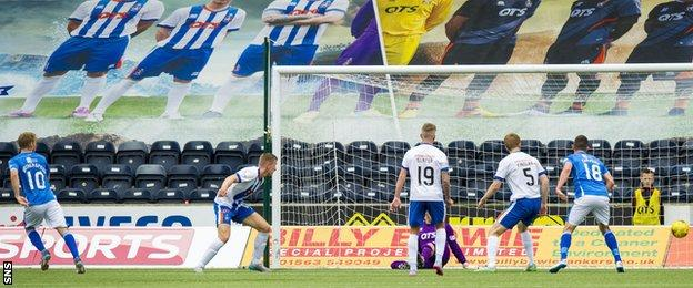 David Wotherspoon scores for St Johnstone against Kilmarncok