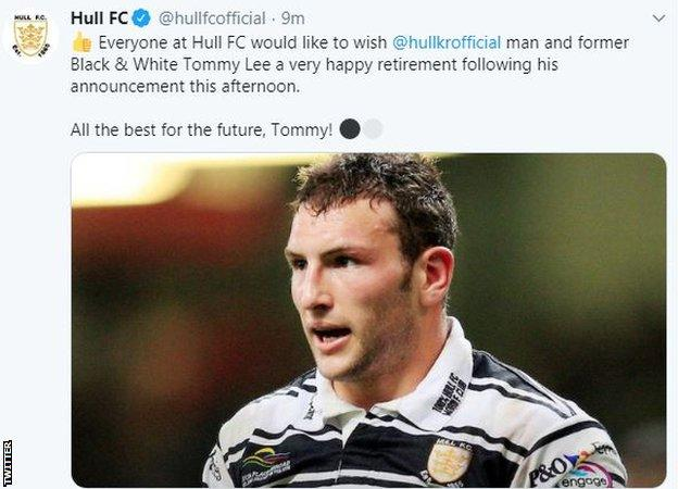Hull FC tribute to former player Tommy Lee