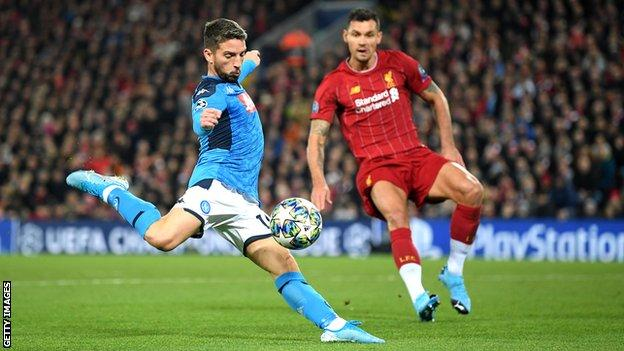 Dries Mertens scores for Napoli against Liverpool