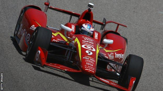 Scott Dixon in IndyCar action