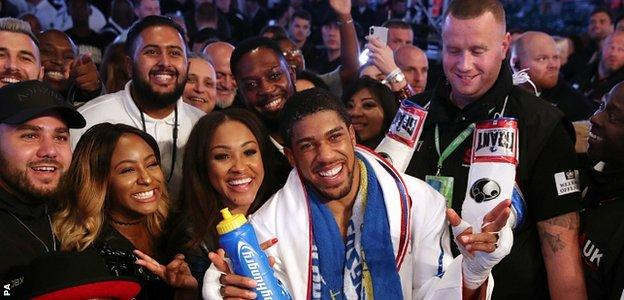 Anthony Joshua meets his fans