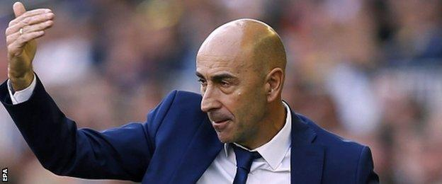Pako Ayesteran, coach of Valencia