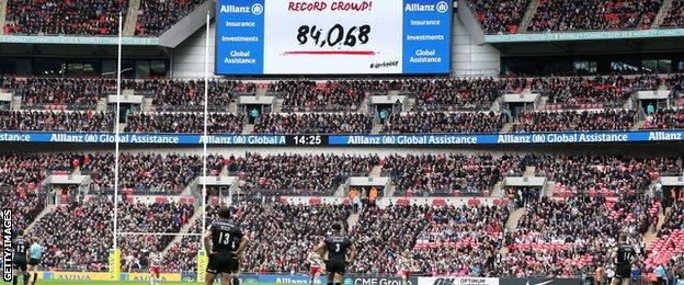 Harlequins vs Saracens at Wembley