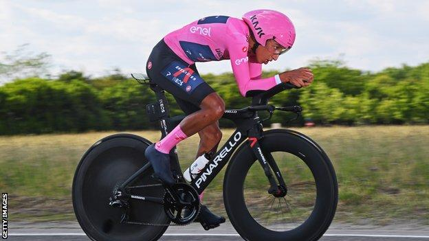 Egan Bernal riding an individual time trial stage at the 2021 Giro d'Italia
