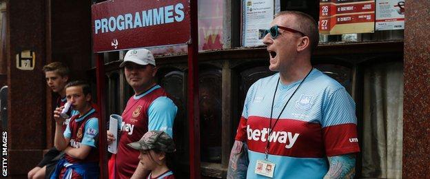 West Ham programme seller