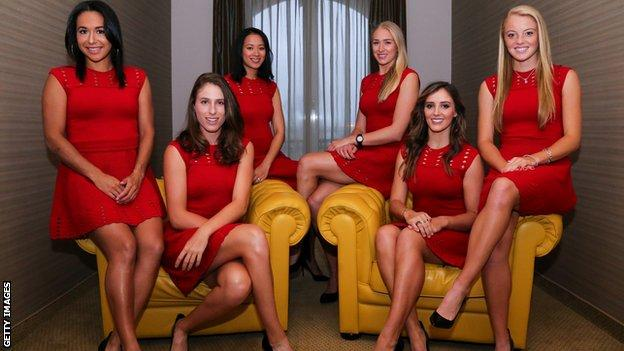 Great Britain Fed Cup team's Jocelyn Rae, Johanna Konta, Anne Keothavong, Hather Watson, Katie Swan and Laura Robson pose for photos
