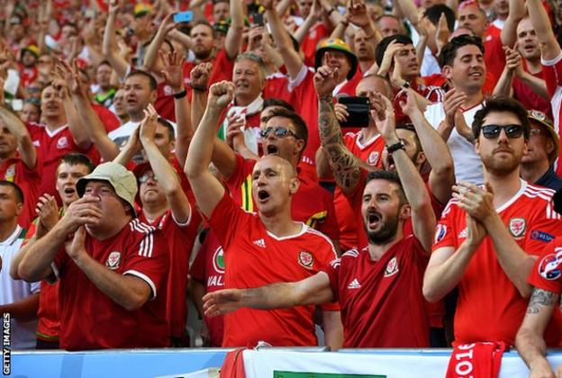 Wales fans cheer on their team in Bordeaux