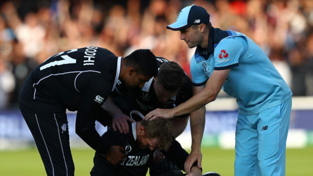 England win World Cup: Sharing trophy should be considered - New Zealand coach Gary Stead thumbnail