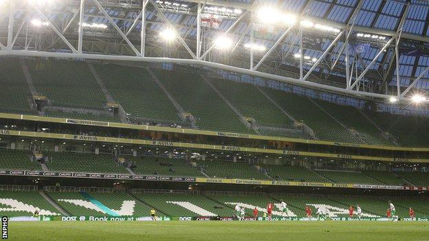 Euro 2020: Doubts grow over Dublin as venue because of Covid restrictions thumbnail