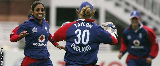 Sarah Taylor celebrates with Isa Guha on her ODI debut in 2006