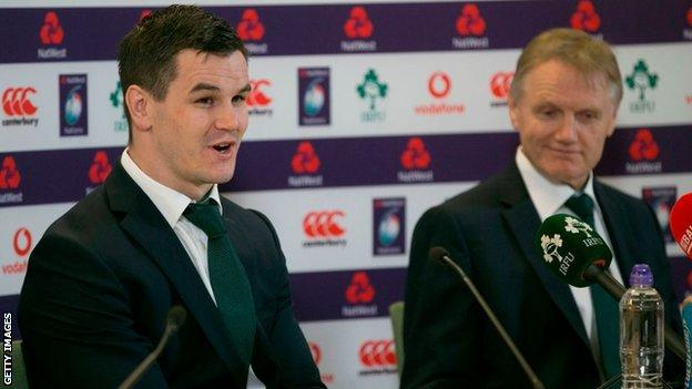 Ireland's Johnny Sexton and Joe Schmidt