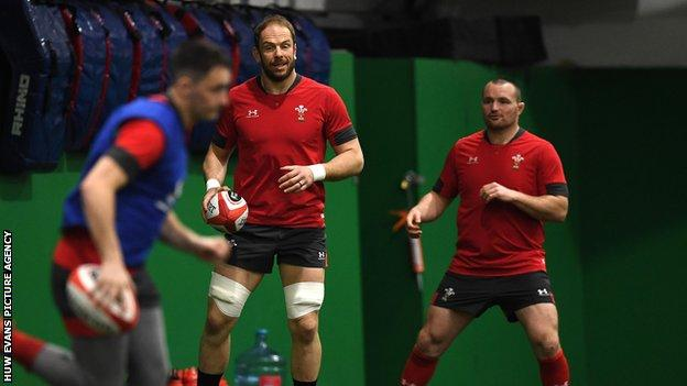 Captain Alun Wyn Jones and hooker Ken Owens have played a combined total of 220 internationals for Wales