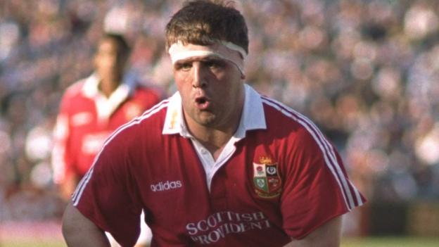 'I've faced tough opponents, so let's fight' - ex-Lion Smith reveals 'daunting' cancer diagnosis