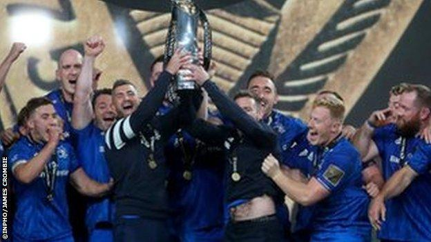 Leinster celebrate Pro14 2019-20 win