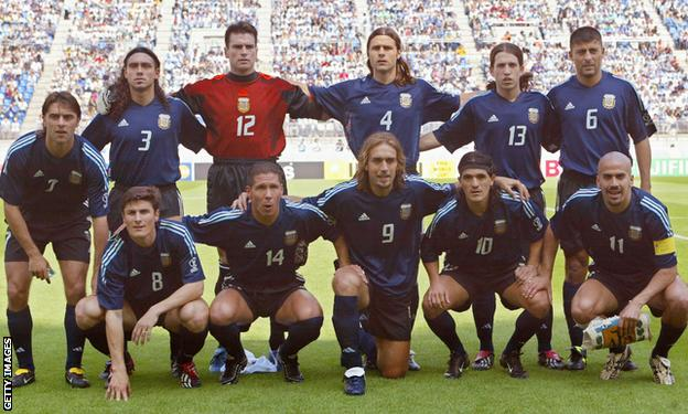 Argentina line up at a match before the 2002 World Cup