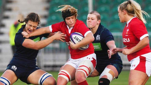 Scotland 3-17 Wales: Visitors ease win at Scotstoun - BBC News