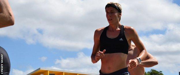 Lynsey Sharp in training
