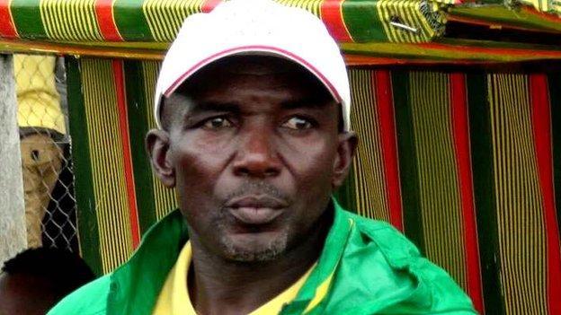 Coach of Yong Sports Academy Emmanuel Ndoumbe Bosso