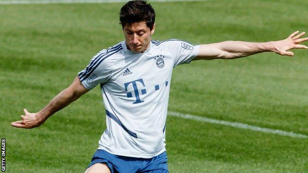Bayern Munich and Robert Lewandowski are back in training