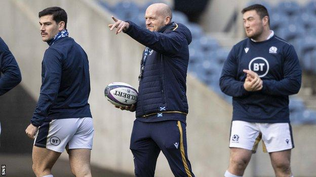 Gregor Townsend will lead Scotland into a second World Cup after signing an extended deal