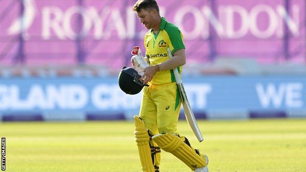 IPL: Sunrisers Hyderabad Beat Mumbai Indians to Reach Play-Offs