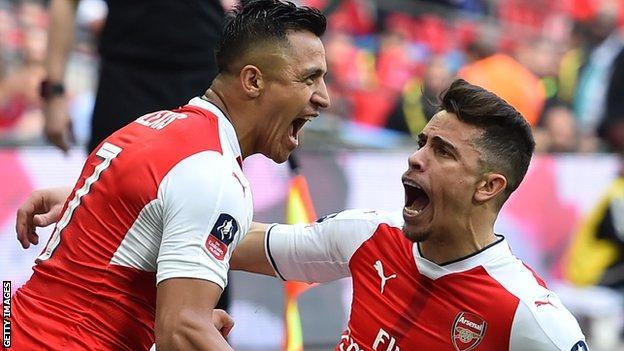 Gabriel leaves Arsenal for Valencia
