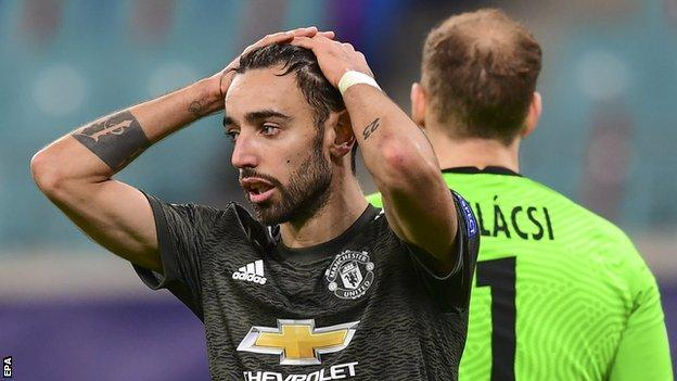 Bruno Fernandes shows his disappointment