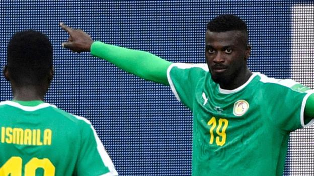 caa06d029 World Cup 2018  Senegal capitalise on poor defending in 2-1 win over Poland  - BBC Sport