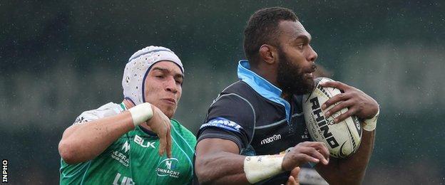 Connacht's Ultan Dillane and Glasgow's Leone Nakarawa at the Sportsground on Saturday