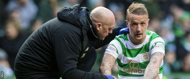 Leigh Griffiths is injured against Hibernian