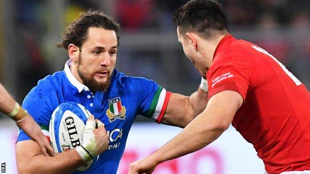 Michele Campagnaro in action for Italy