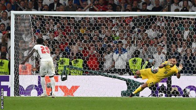 Bukaya Saka's penalty is saved